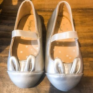 Cat and Jack Size 6 Silver Bunny Ballet Flats